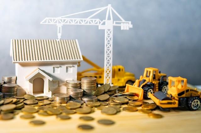 Inwestycje deweloperskie w Warszawie – w jaki sposób biuro rachunkowe może pomóc przy ich rozliczeniu?