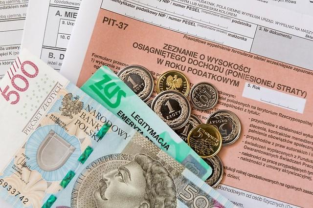 outsourcing_kadr_i_plac_a_obowiazki_wobec_zus__jakie_sa_zobowiazania_pracownikow_biura_rachunkowego