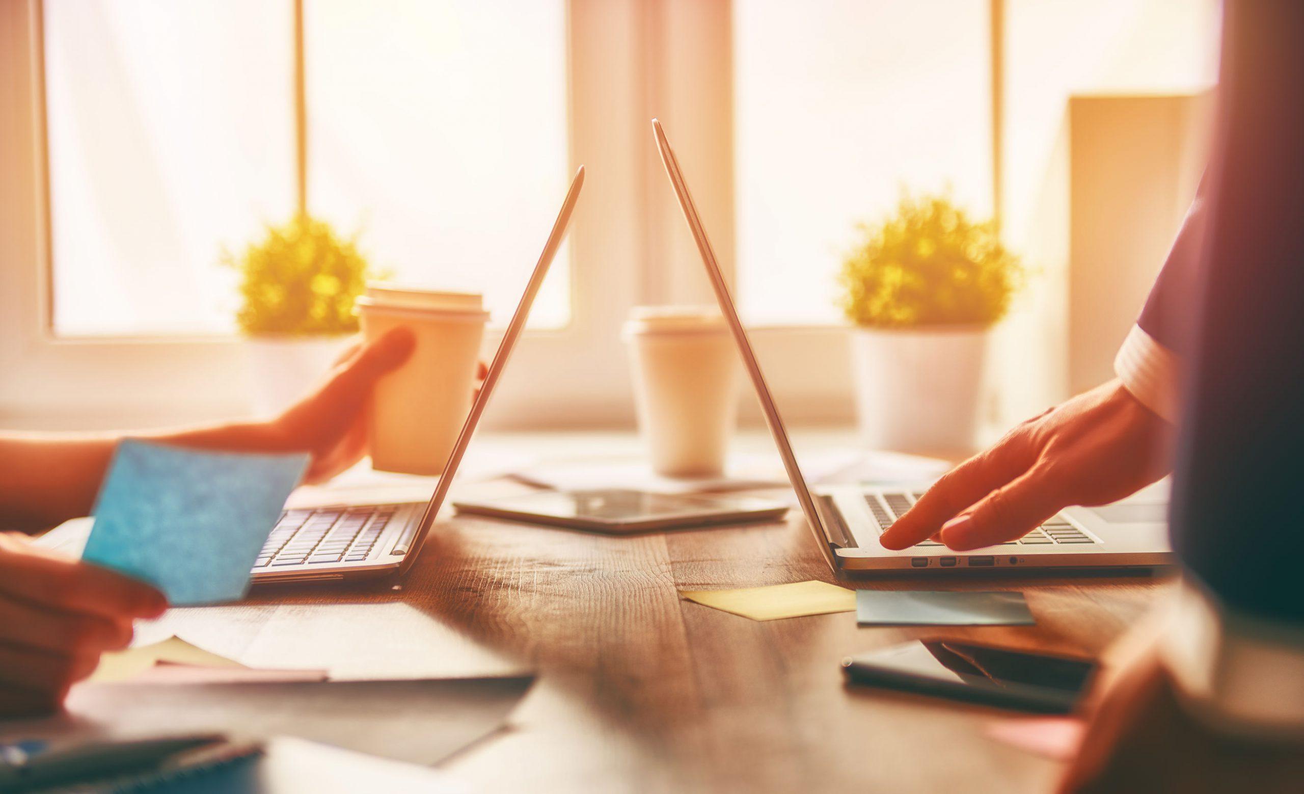 Jak pracować zdalnie? Obsługa kadrowo-płacowa dla firm